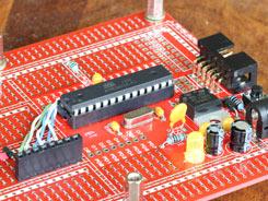 Wiring up 28 pin AVR development board
